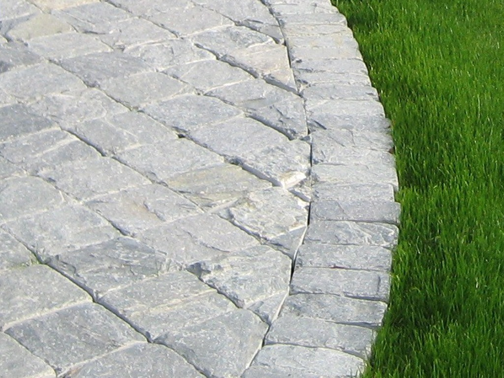 Natural Stone Landscaping Materials