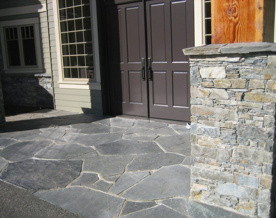 Flagstone in an entryway